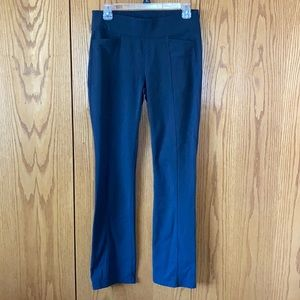 Athleta workout pants with pockets